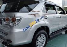 Bán Toyota Fortuner đời 2013, màu bạc