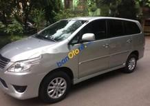 Cần bán lại xe Toyota Innova 2.0E đời 2013