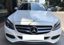 Bán Mercedes-Benz C200 màu trắng đời 2018, siêu mới hộp số 9 cấp