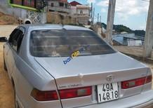 Cần bán gấp Toyota Camry GLi 2.2 sản xuất năm 1998, màu bạc xe gia đình