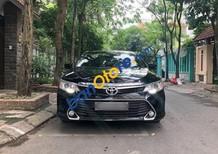 Bán Toyota Camry 2.0 AT sản xuất năm 2017, màu đen