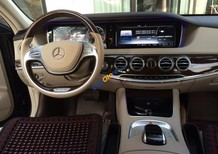 Bán xe Mercedes năm 2016, màu đen như mới