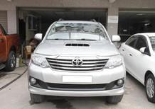 Bán Toyota Fortuner sản xuất 2014, màu bạc giá cạnh tranh