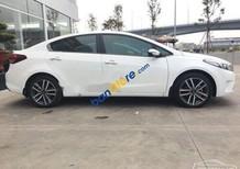Bán Kia Cerato sản xuất 2017, màu trắng như mới
