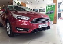 Cần bán Ford Focus sản xuất năm 2018, màu đỏ