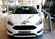 Bán xe Ford Focus năm 2018, màu trắng