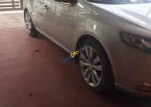 Chính chủ cần bán xe Kia Forte sản xuất 2011, màu bạc