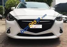 Tứ Quý Auto hiện đang bán xe Mazda 2 Hatchback 1.5AT 2016, màu trắng