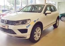 Bán Volkswagen Touareg SUV 5 chỗ, giá tốt nhất, giao toàn quốc, hỗ trợ vay 85%