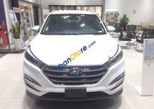 Cần bán xe Hyundai Tucson đời 2018, màu trắng