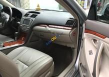 Bán xe Toyota Camry 2.4G đời 2010, màu bạc chính chủ, giá 672tr