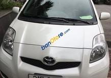 Cần bán Toyota Yaris sản xuất 2010, màu trắng, xe nhập số tự động