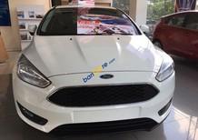 Toàn quốc: Ford Focus 2018 chỉ 180 triệu - ngân hàng 24h, đủ màu giao ngay