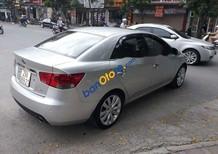 Cần bán Kia Forte SLI AT đời 2010, màu bạc, nhập khẩu Hàn Quốc xe gia đình
