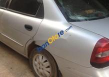 Cần bán Daewoo Nubira 2000, màu bạc
