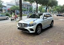 Cần bán Mercedes-Benz GLC 300 năm 2017, màu bạc