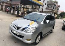 Bán Toyota Innova 2.0G sản xuất năm 2009, màu bạc xe gia đình