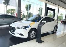 Cần bán Mazda 3 1.5 sản xuất năm 2018, màu trắng, giá tốt