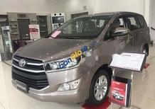 Bán xe Toyota Innova, xe mới, hỗ trợ trả góp
