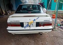 Cần bán Nissan Bluebird đời 1988, màu trắng