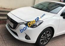 Cần bán gấp Mazda 2 1.5 AT sản xuất 2016, màu trắng