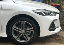 Xe Hyundai Elantra Sport nhiều ưu đãi, nhiều quà tặng, nhiều xe giao ngay