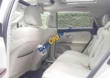 Bán Toyota Venza AWD sản xuất năm 2010, màu bạc, giá tốt