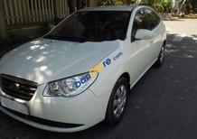 Cần bán lại xe Hyundai Elantra sản xuất 2013, màu trắng