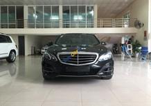Cần bán xe Mercedes E200 năm sản xuất 2014, màu đen như mới