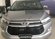 Bán Toyota Innova E năm sản xuất 2018, màu bạc