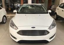 Bán Ford Focus Titanium 2018, sở hữu ngay chỉ với 190tr, tặng phụ kiện hấp dẫn: Film cách nhiệt cao cấp 3M - Bảo hiểm vật chất