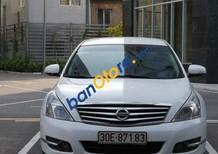 Cần bán gấp Nissan Teana 2.0 AT đời 2009, màu trắng, nhập khẩu