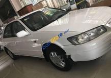 Gia đình bán Toyota Camry năm 1999, màu trắng