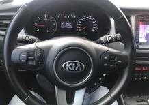Cần bán Kia Rondo 1.7 đời 2014, màu bạc