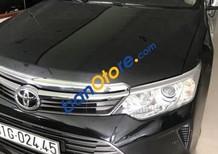 Bán xe Toyota Camry sản xuất 2015, màu đen
