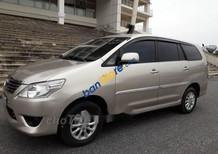 Cần bán lại xe Toyota Innova E sản xuất 2013 chính chủ