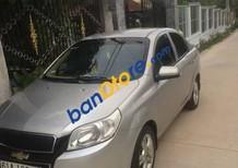 Cần bán gấp Chevrolet Aveo 2013, màu bạc, xe đi kĩ