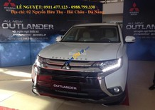 Bán Mitsubishi Outlander mới 2018, màu trắng, 807 triệu, LH Lê Nguyệt: 0988.799.330