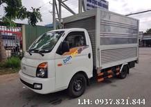 Bán xe tải Hyundai thùng kín cánh dơi - Bán hàng lưu động - tặng định vị, máy lạnh
