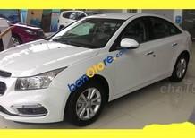Bán ô tô Chevrolet Cruze 2018, màu trắng, giá tốt