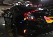 Cần bán lại xe Honda Civic 1.5 L đời 2017, màu đen, giá 900tr
