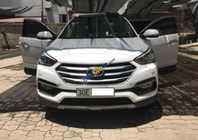 Cần bán Hyundai Santa Fe đời 2016, màu trắng