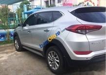 Cần bán xe Hyundai Tucson 2.0AT sản xuất 2018, màu bạc, giá chỉ 808 triệu