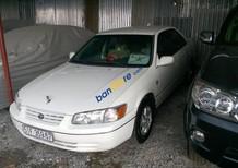 Bán Toyota Camry LE năm 1997, màu trắng, xe nhập, 220tr