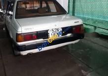 Cần bán xe Nissan Sunny sản xuất năm 1985, màu trắng