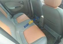 Cần bán gấp Daewoo Nubira năm sản xuất 2003, màu trắng