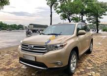 Bán xe Toyota Highlander năm 2011 màu vàng cát, 1 tỷ 179 triệu, xe nhập khẩu
