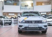 Bán Volkswagen Tiguan Allspace năm 2017, màu trắng, nhập khẩu nguyên chiếc