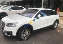 Cần bán xe Audi Q2 màu trắng, máy móc êm ru