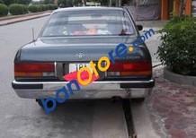 Cần bán xe Toyota Crown đời 1995, màu xám